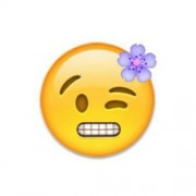Delikanlı adamı 'emoji' bozar