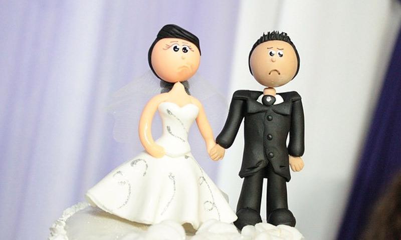 Evlenirsem düğünüme gelme istemem