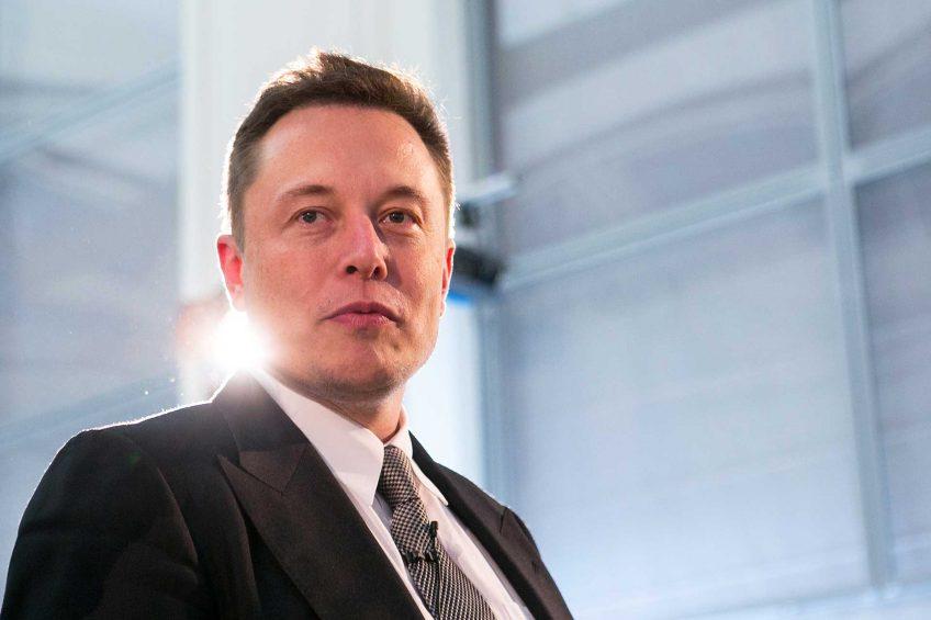 Elon Musk: Dünyaya Düşen Yıldız Adam!